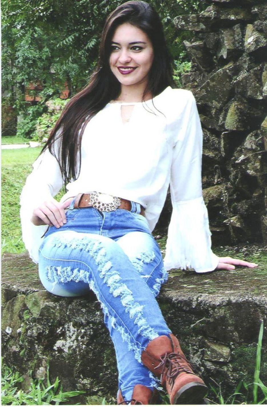 Lenita Caroline Souza dos Santos - 18 Anos - Representa: And