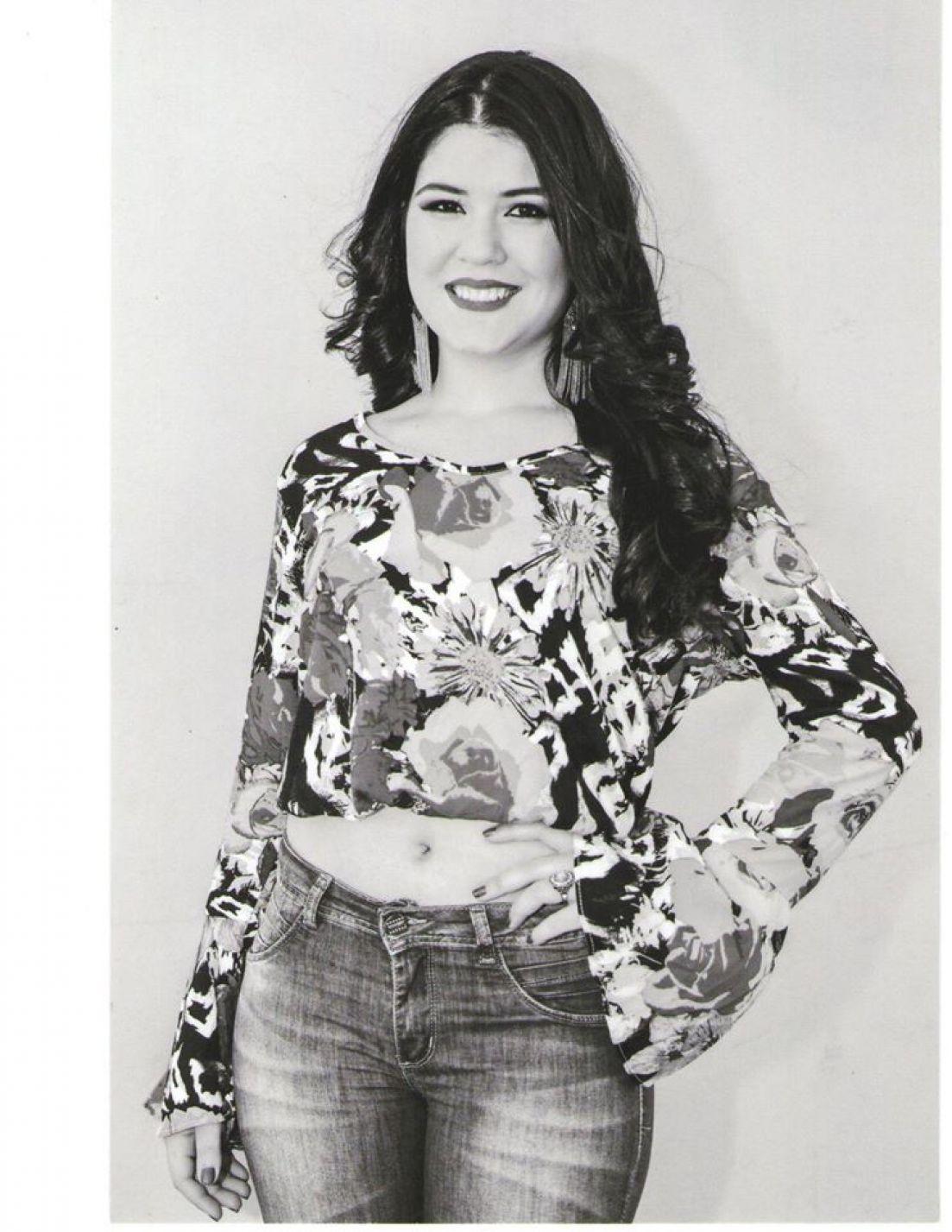 Nicole Soares da Silva - 17 Anos - Representa: Zuppy Bijuter