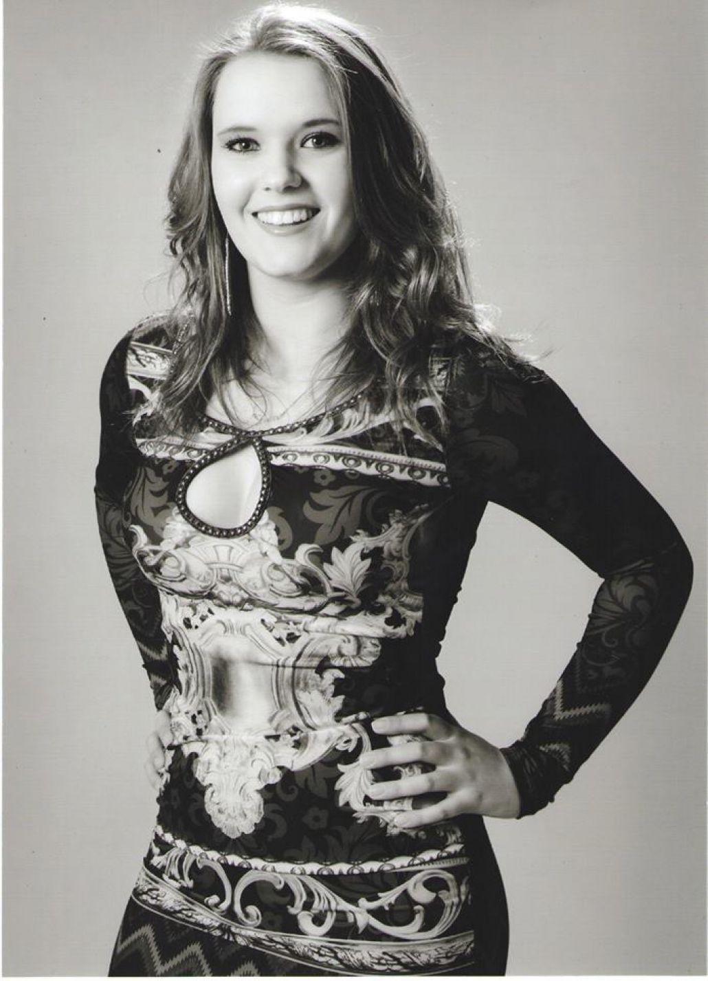 Luane Ellvanger Cordeiro - 18 Anos - Representa: Agricruz Co