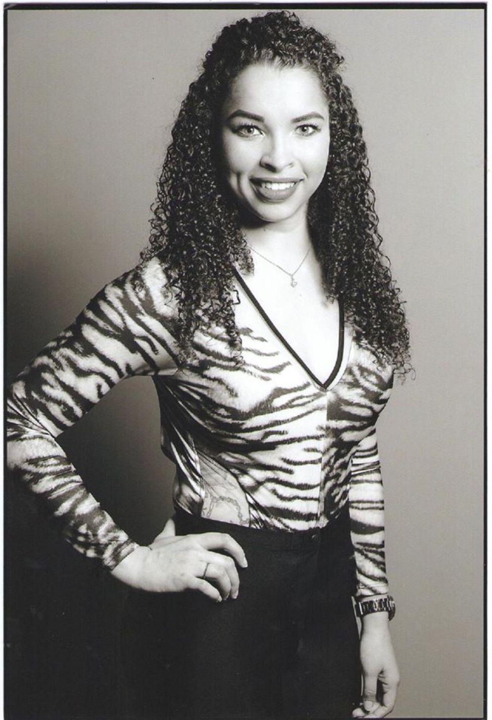 Carla Cristina Cunha da Silva - 21 anos - Representa: Bel Ca
