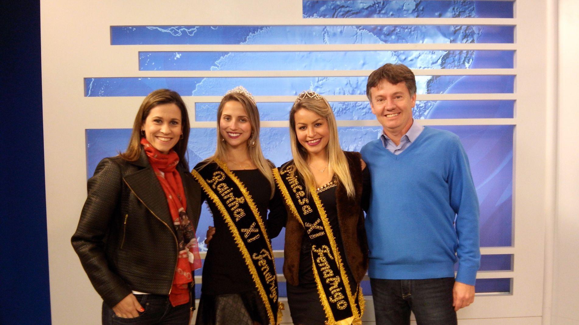 Presidente e soberanas com Anelise Nicolodi na RBS TV